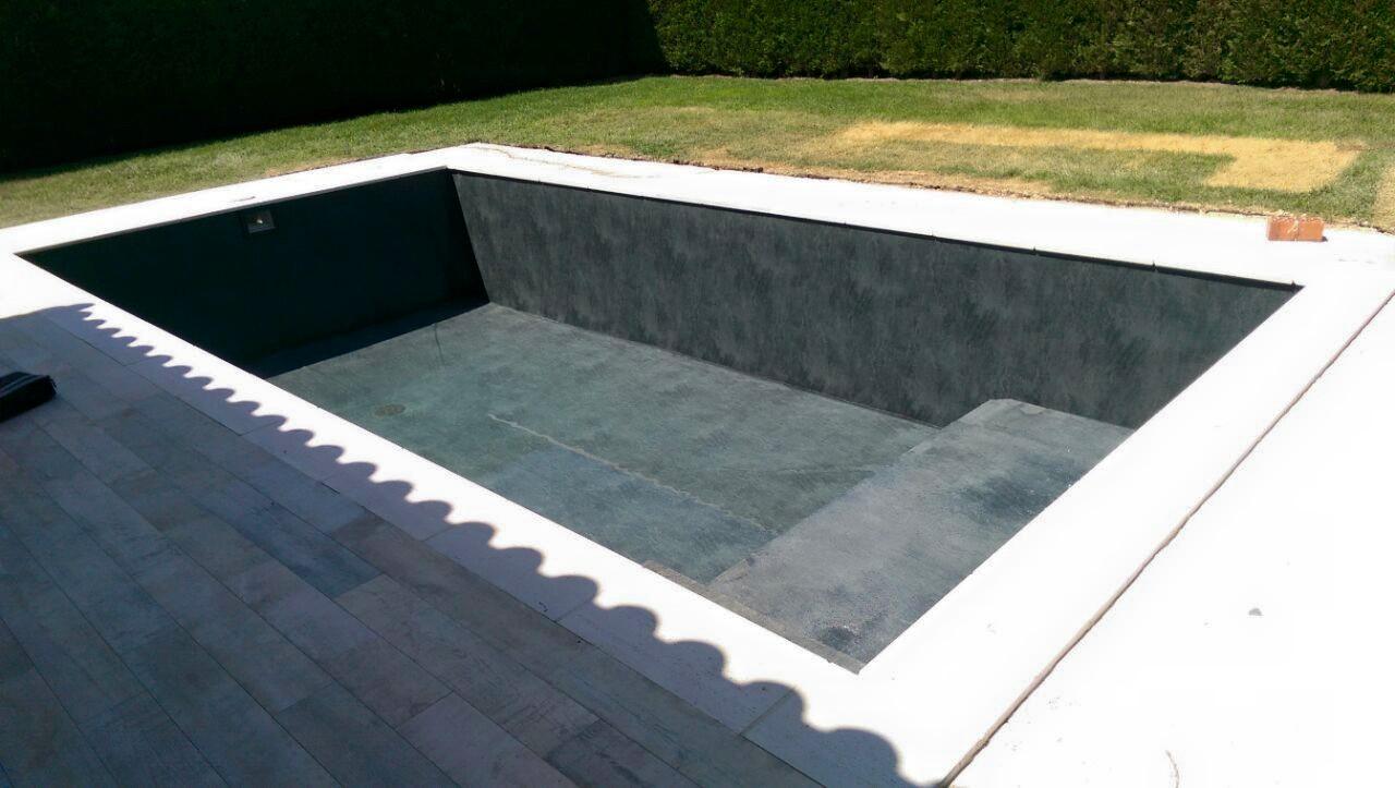 Construcci n de piscinas pisciman a for Piscina infinita construccion