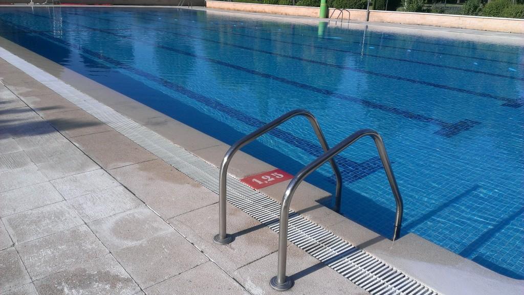 Qui n controla las piscinas pisciman a for Recambios piscinas desmontables